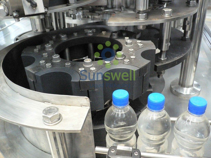 3-in-1 Monoblock Water Filling Machines XGFD 14-12-5 With Rinsing Filling Capping