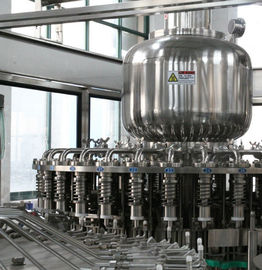 ประเทศจีน 1000BPH - 22000BPH Tea Filling Machine Stainless Steel For Hot Water Filling โรงงาน