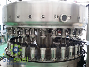 ประเทศจีน Powerful  Automatic Aluminum Can Filling Machine For Beverage Juice / Beer Soda โรงงาน